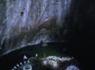 Клифф-дайверы устроили настоящий фурор в румынской соляной шахте